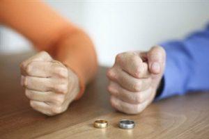 طلاق توافقی زن و شوهر در عقد