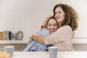 مدیریت دخالت مادر زن در زندگی